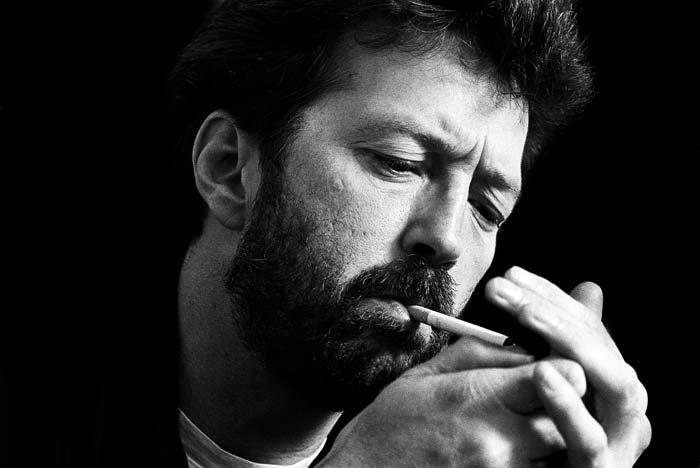 """Eric Clapton, il """"miglior chitarrista vivente"""" secondo la Bibbia del rock Rolling Stone, compie sett'antanni. Una vita vissuta per la musica la sua, ... - EricClaptonIMG"""