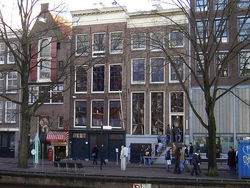 Lovepress casa museo di anna frank la memoria di una for Stanze ad amsterdam
