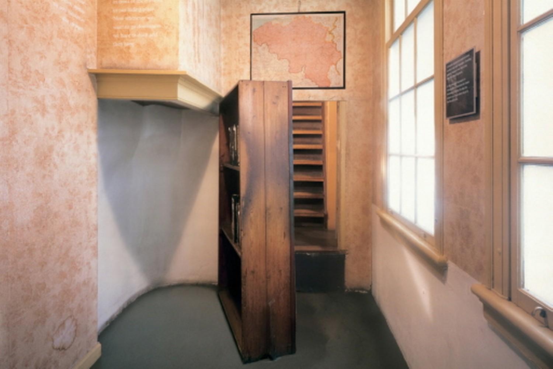 Lovepress casa museo di anna frank la memoria di una for Alloggio a amsterdam