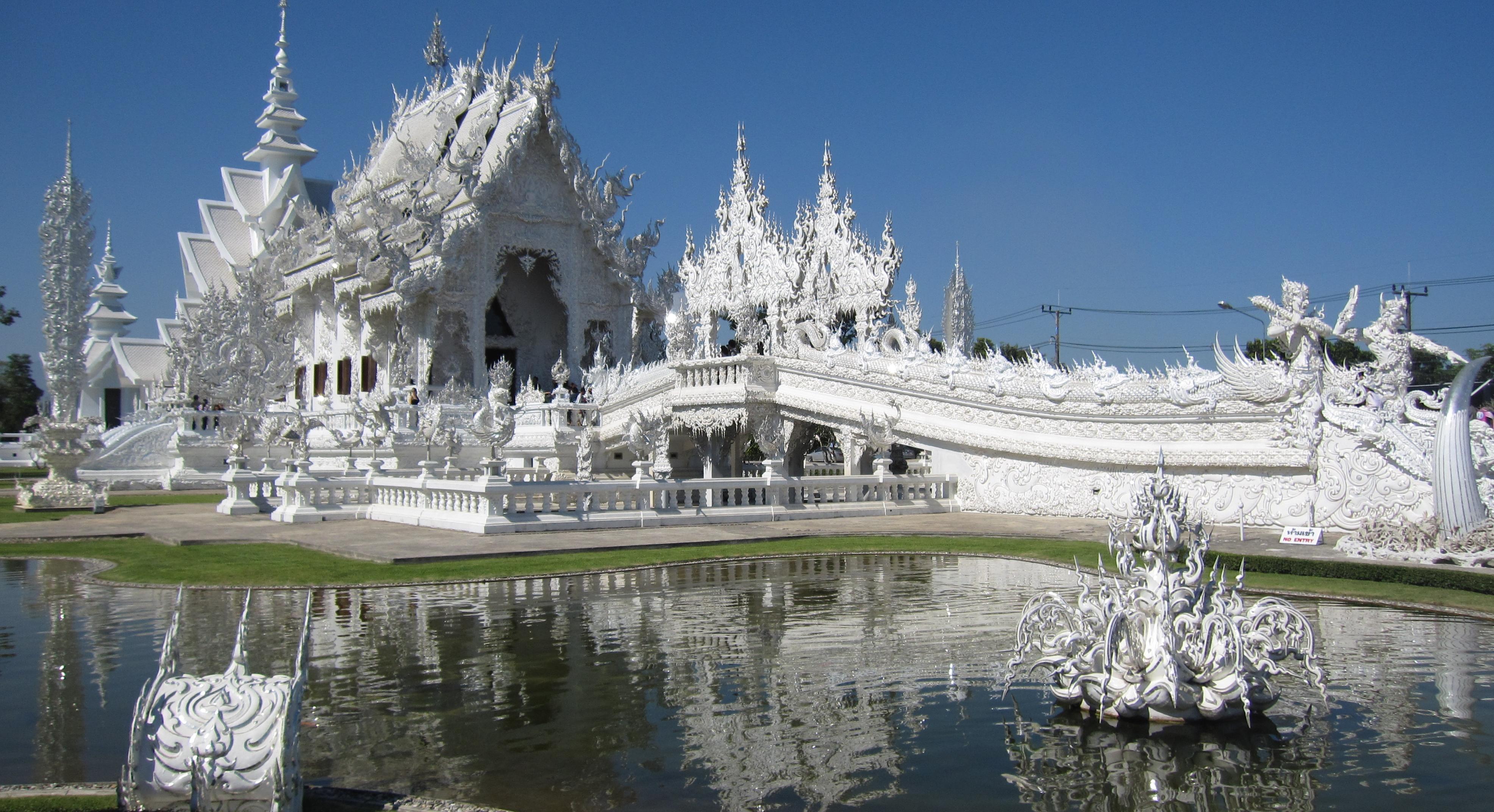Wat Rong Khun | ph credit thisblogrules.com